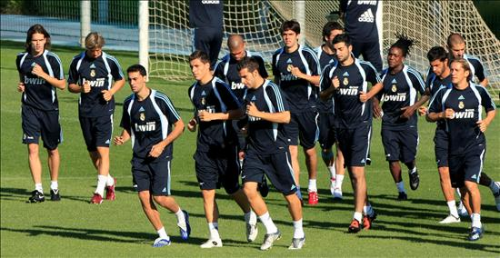 real madrid 2011 team picture. Real Madrid Official Thread
