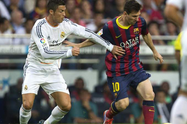Cristiano Ronaldo humilla a Leo Messi | Real_madrid | Defensa Central