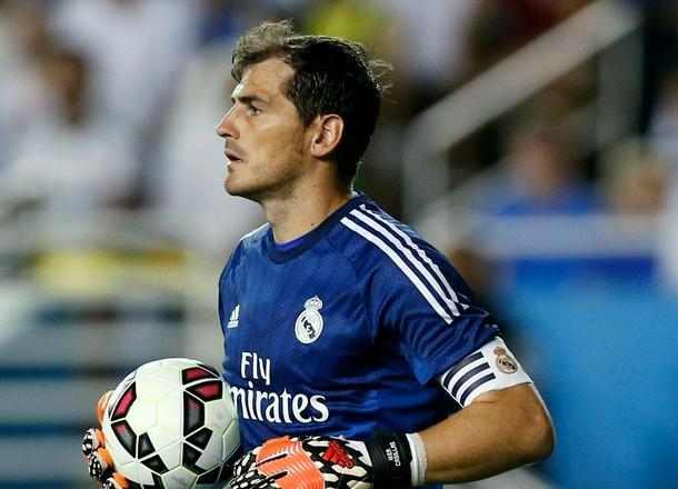 As se baja del 'carro' de Iker Casillas