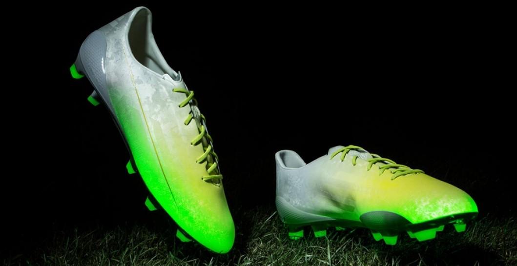 Las botas luminosas de James Rodríguez y Bale | Defensa Central