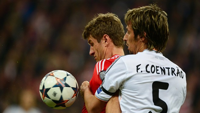 http://www.defensacentral.com/userfiles/2014/May_13/coentrao_muller.jpg