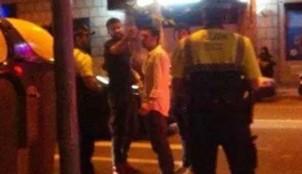 Piqu� increpando a la Guardia Urbana. Foto v�a: La Vanguardia