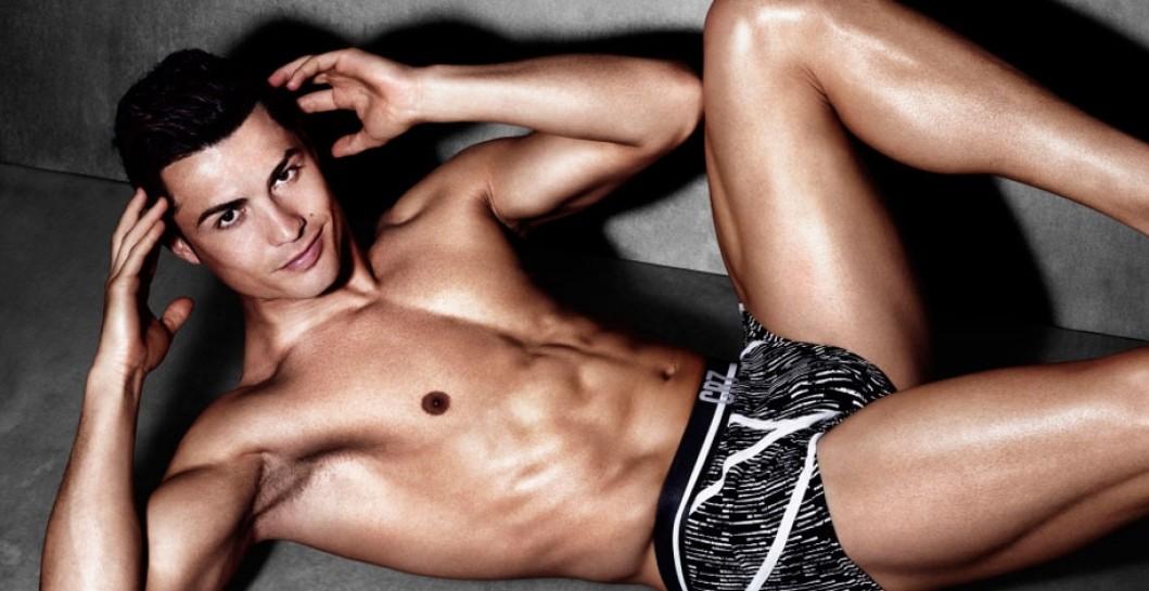 Cristiano Ronaldo ha presentado su nueva línea de ropa interior. Cristiano  ... 8e548c38a613