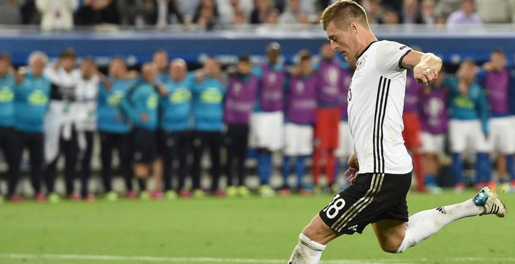Toni Kroos Madriddan ketishi mumkinligiga sha'ma qilib o'tdi