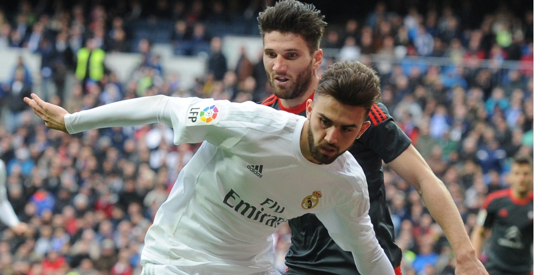 Mayoral en un partido con el Real Madrid