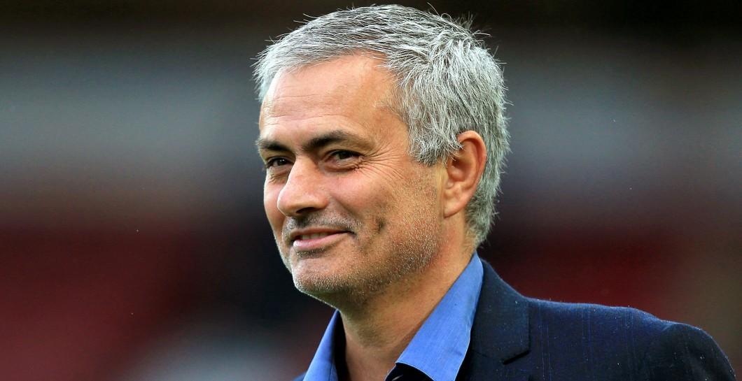 El precontrato que firmó José Mourinho con el Manchester United
