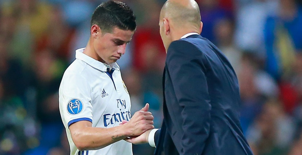 James saluda a Zidane