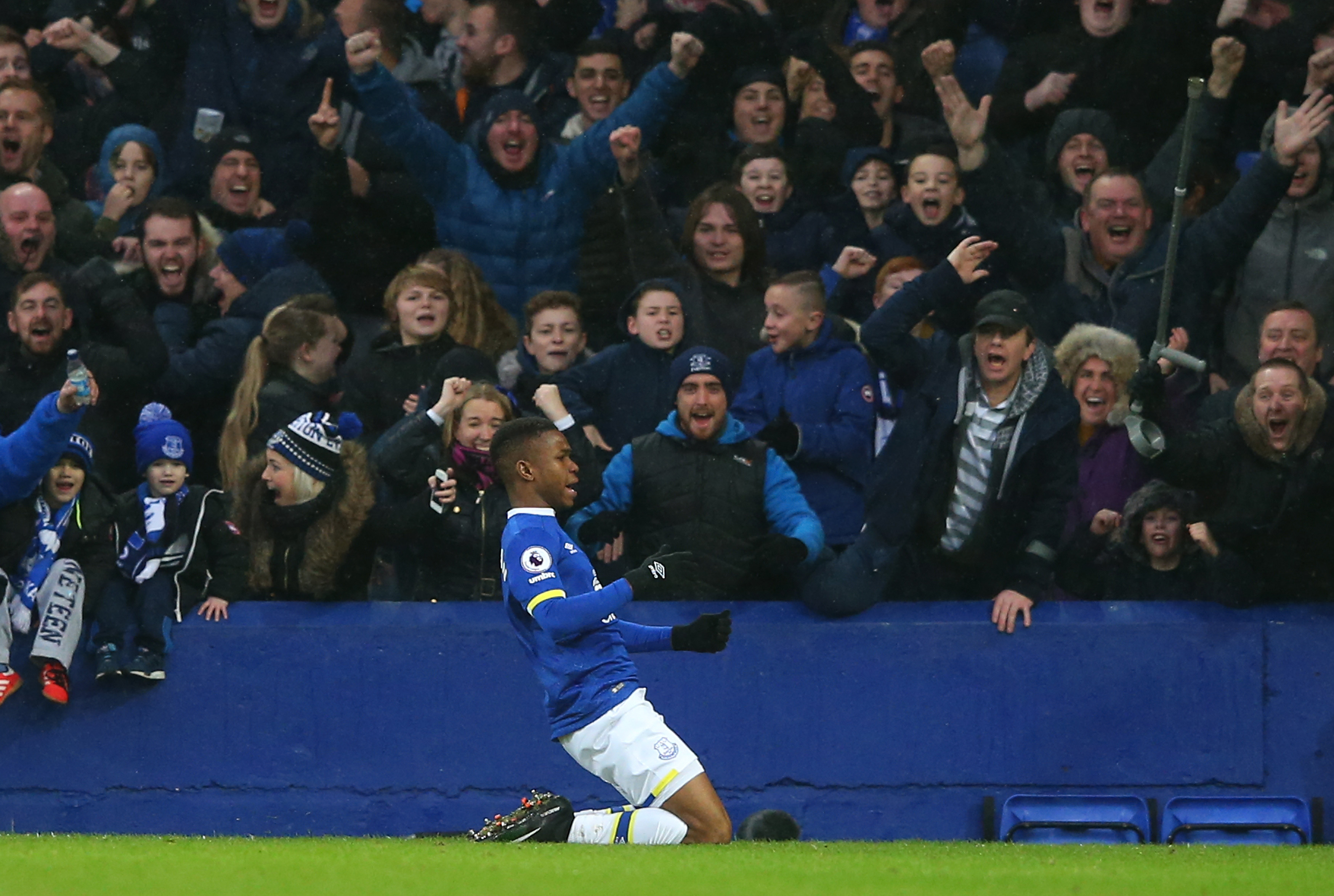 Lookman, Everton