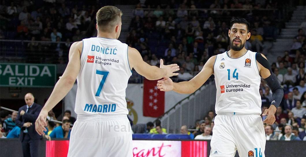 Luka Doncic, Gustavo Ayón, basket