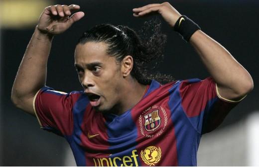 El Barça trata ahora a Ronaldinho como un apestado