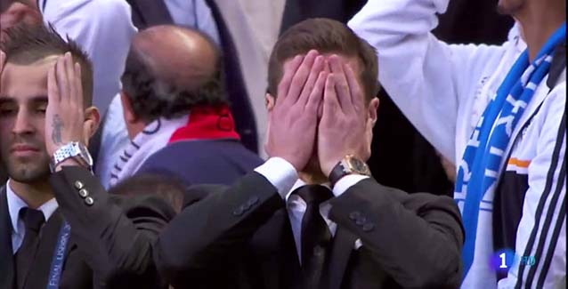 Uefa ���� ���� �� ���� ������ ������ ������� ������ ������ ��� 17 ����� . Xabi_Alonso_lamenta_