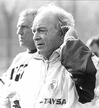 _di_stefano_entrenador.jpg